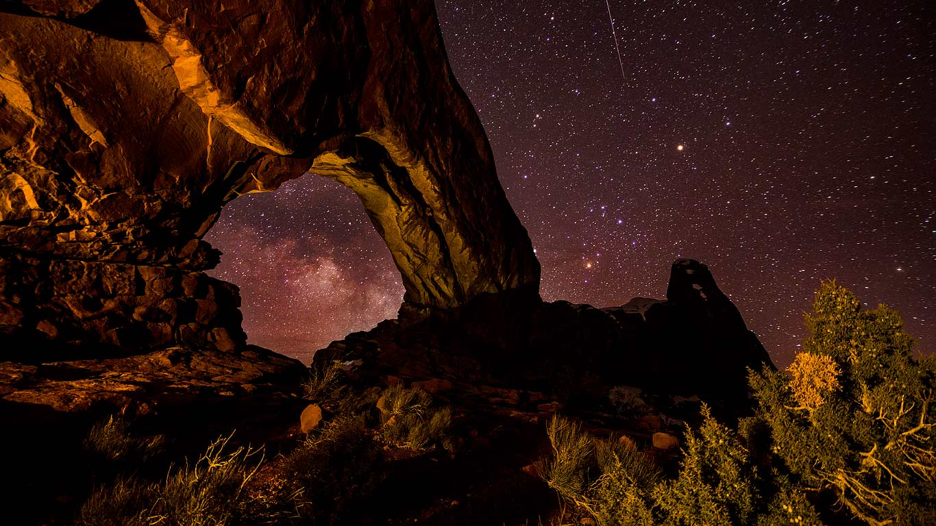 Window Arch in Arches National Park Utah   Bing Wallpaper Gallery 1366x768