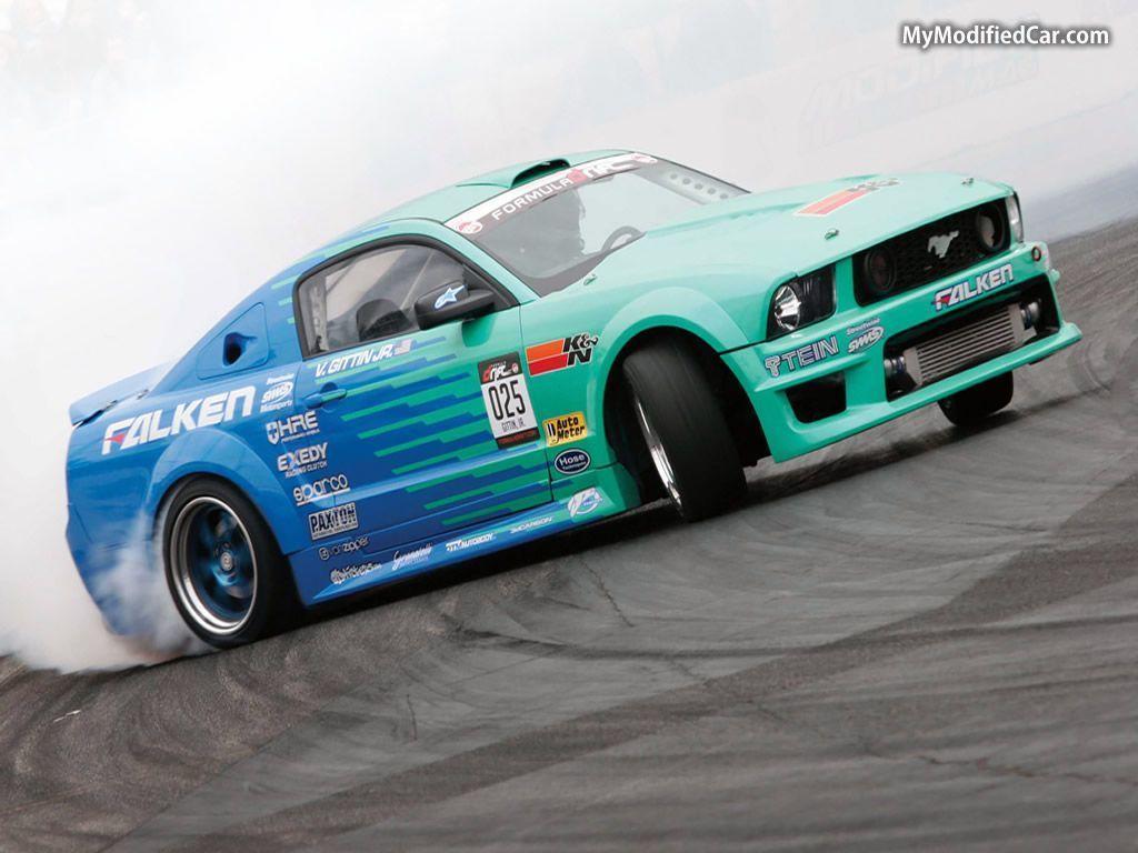 Drifting Cars Wallpapers 1024x768