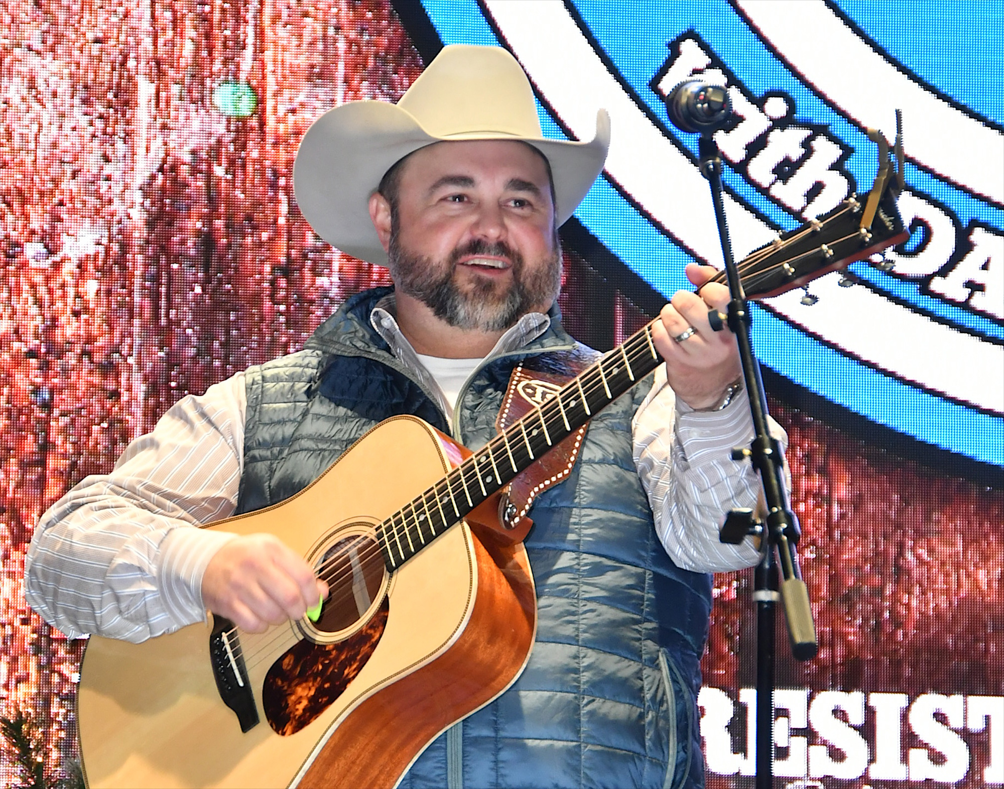 Daryle Singletary Dead Country Singer Dies at 46 2000x1571