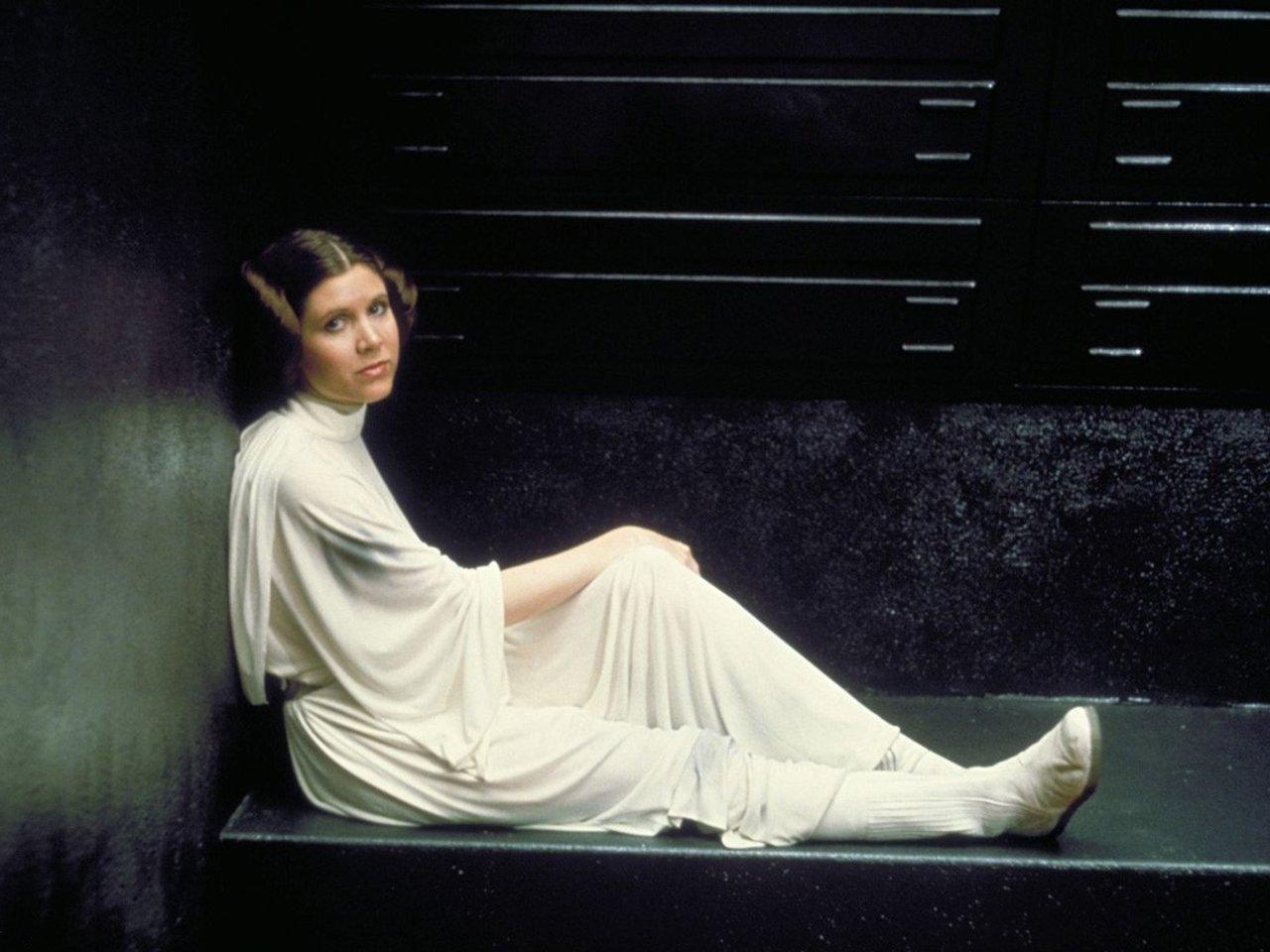 44 Princess Leia Wallpapers On Wallpapersafari