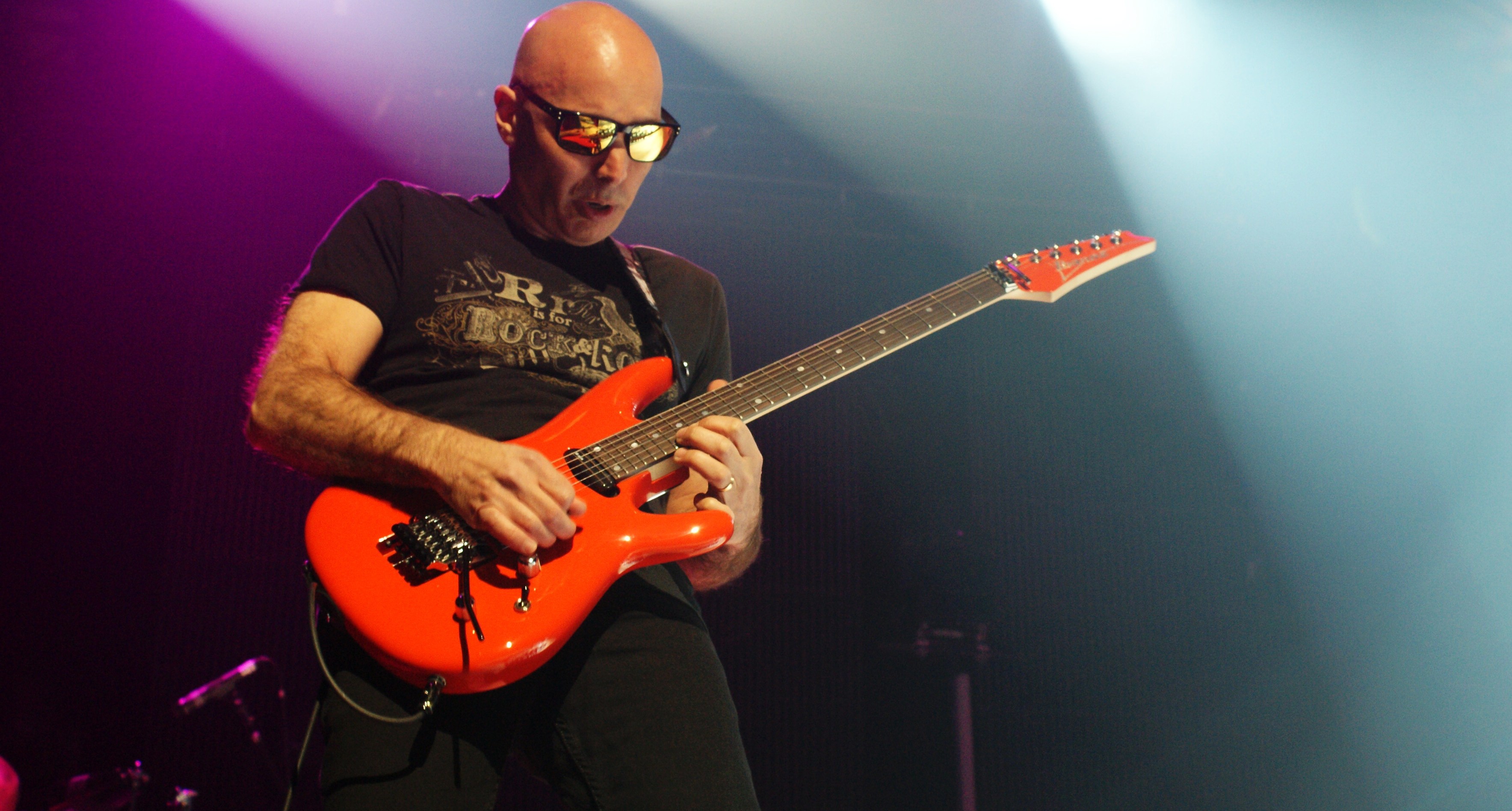 Joe Satriani Birmingham by joewinn 3535x1896