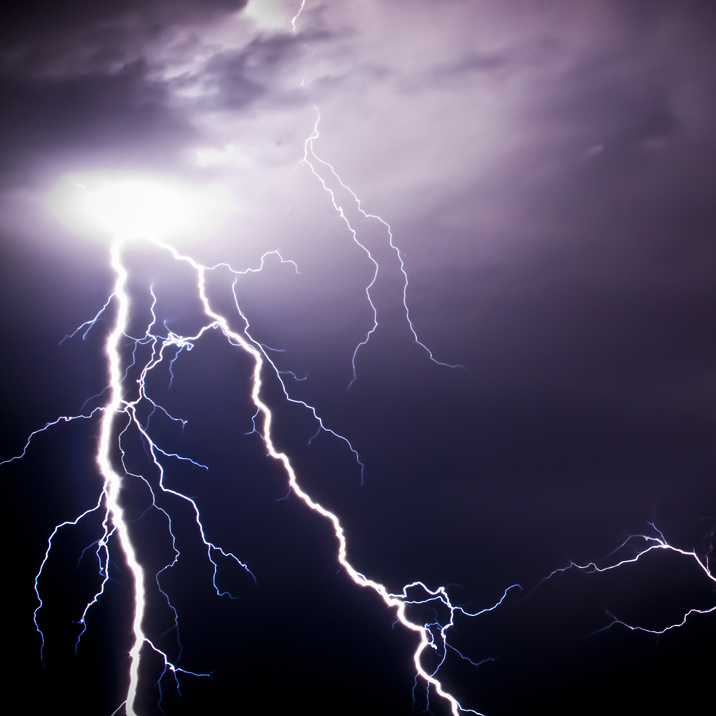 Lightning Strike iPad Wallpaper Download iPhone Wallpapers iPad 1024x1024