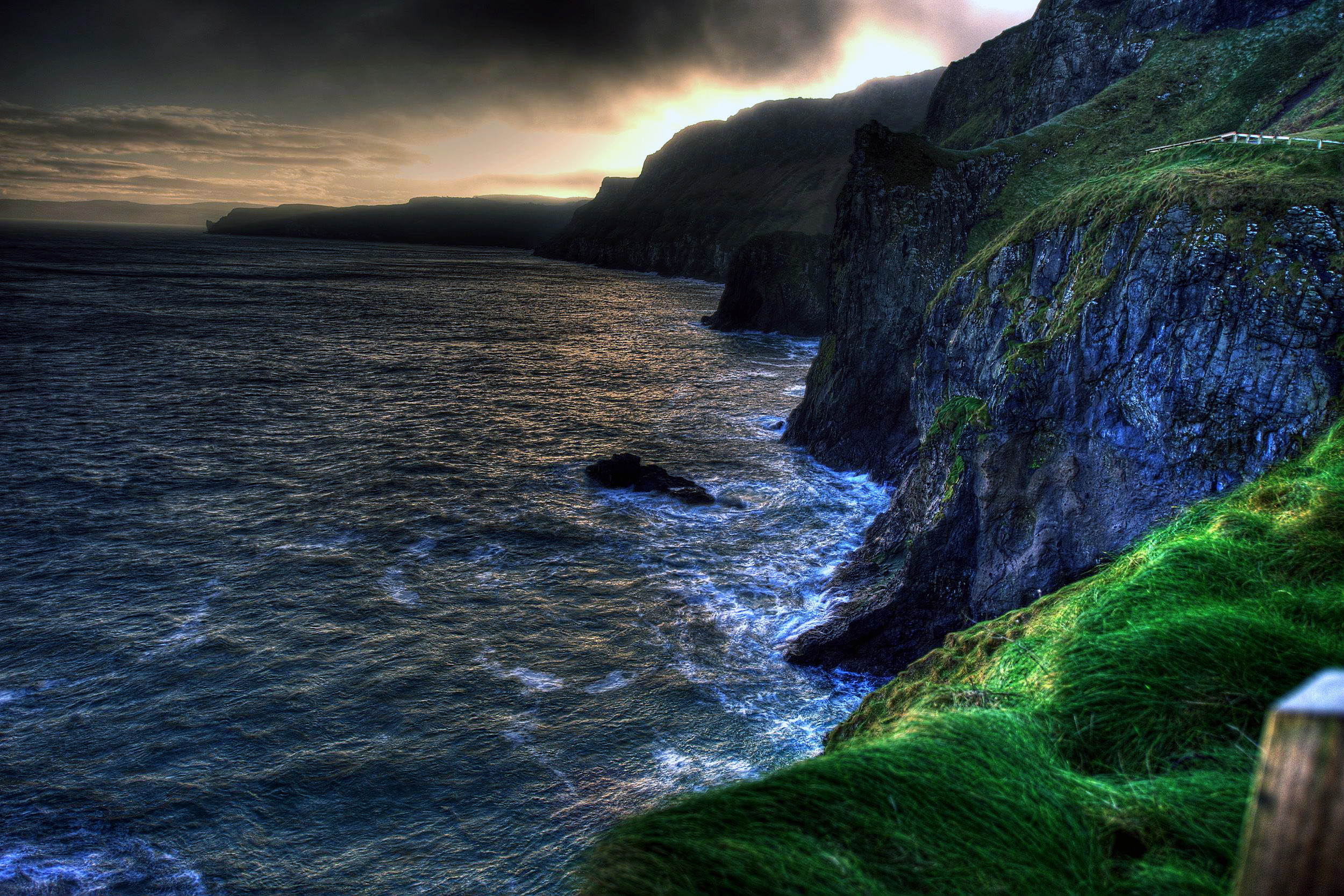 The wallpaper of amazing coastline of Ballintoy in Northern 2500x1667