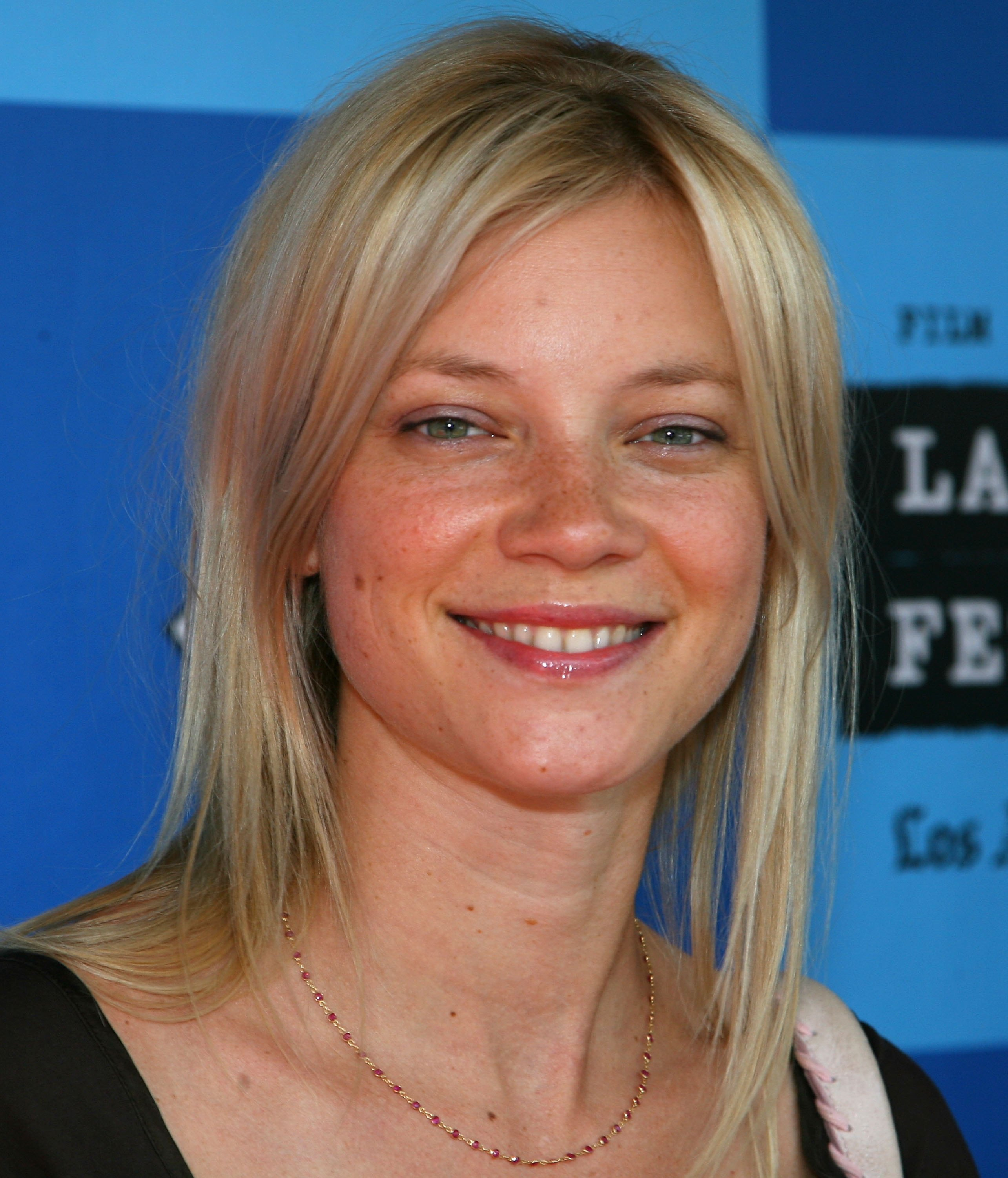 Amy Smart Hot Images 49+] amy smart wallpaper hd on wallpapersafari
