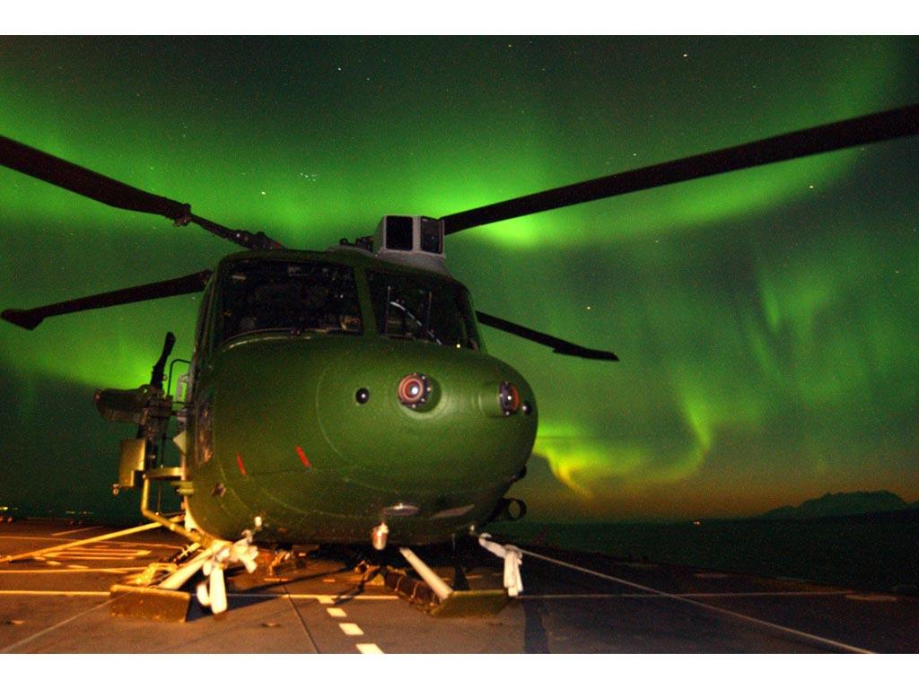 Pin Helicopter Screensavers Wallpaper Black Hawk Star War 1024x768