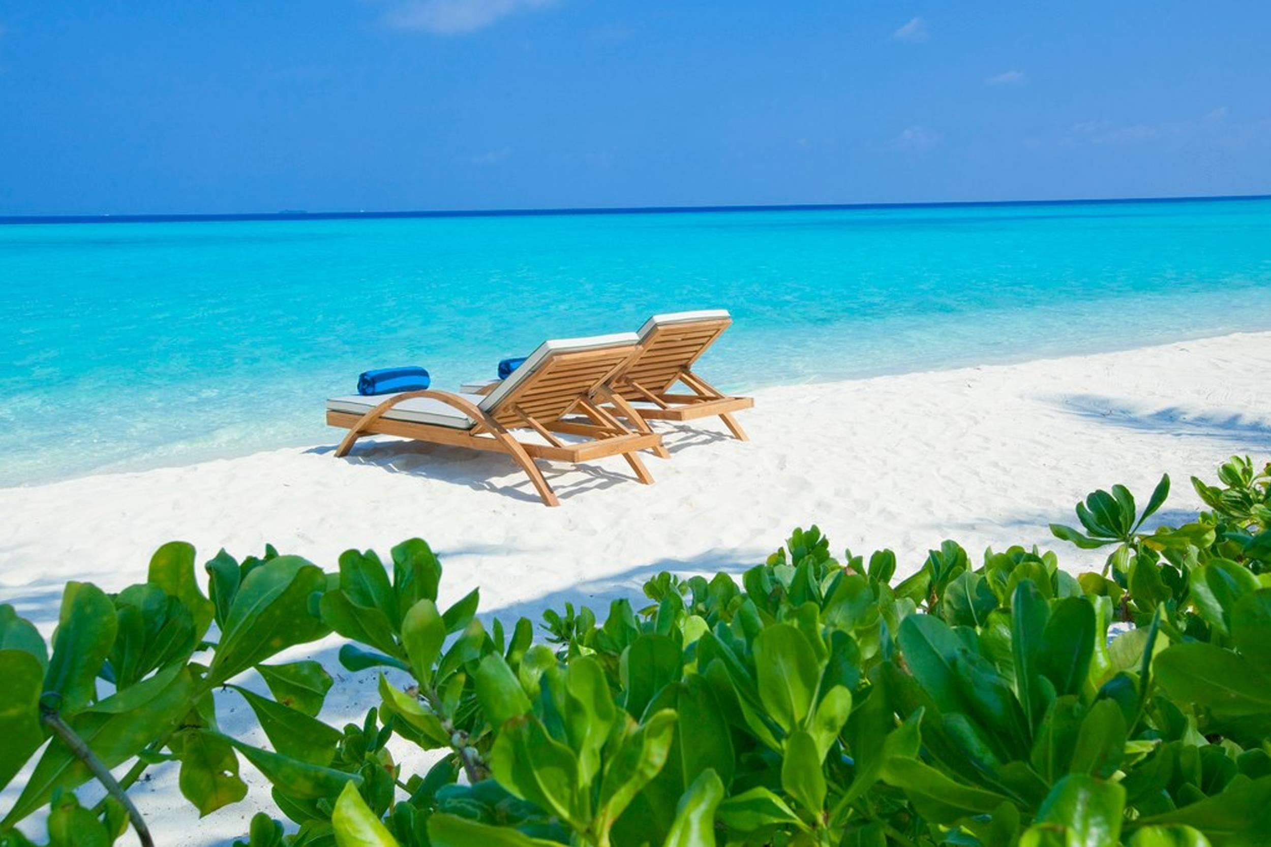 Maldives Beach Wallpapers HD 2500x1667
