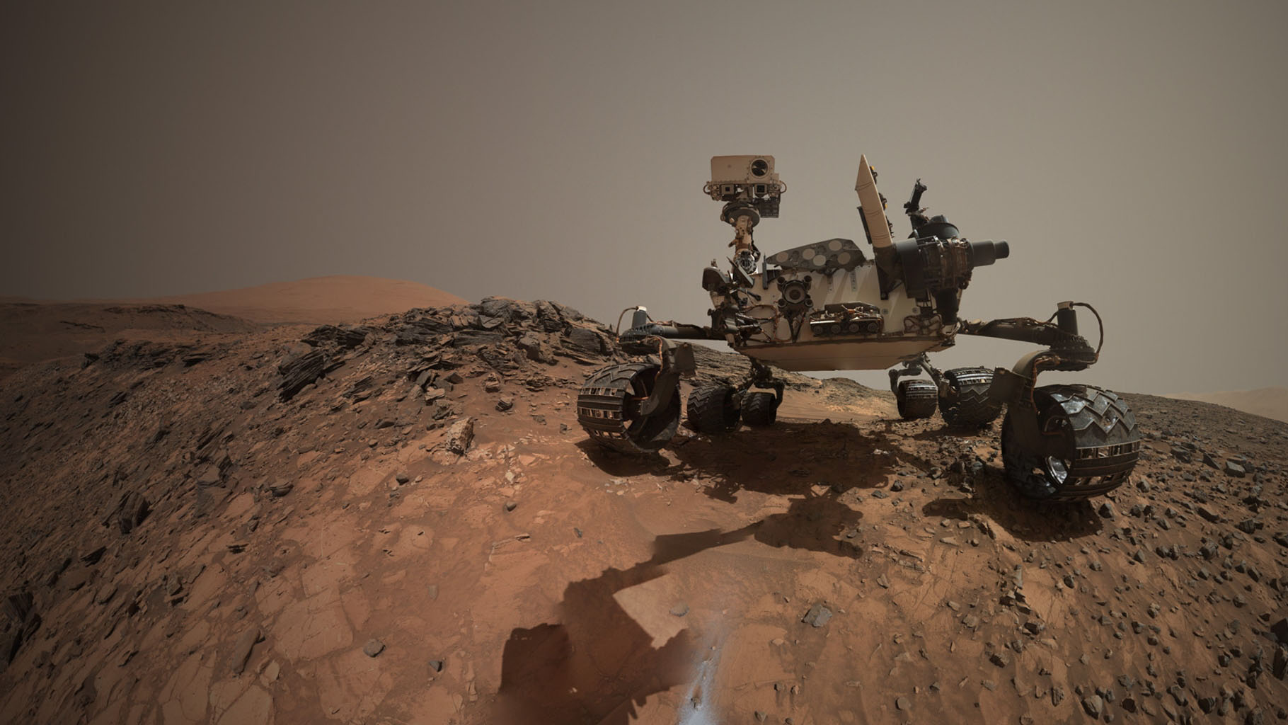 Space Images Looking Up at Mars Rover Curiosity in Buckskin Selfie 1820x1024