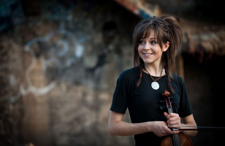violin Lindsey Stirling beautiful violinist 720x467