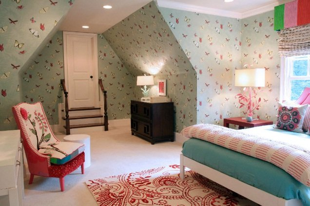 girl room with butterfly wallpaper Stylish Teenage Girl Bedroom Ideas 636x423