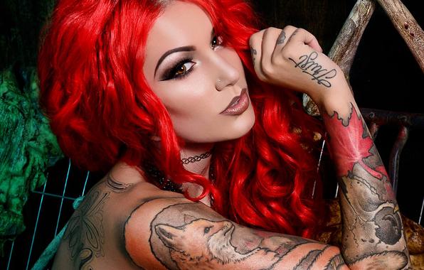Wallpaper girl model cervena fox girl makeup look red red fire 596x380