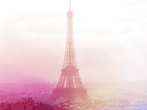 eiffel tower eiffeltornet girly light pink purple tour eiffel 500x375