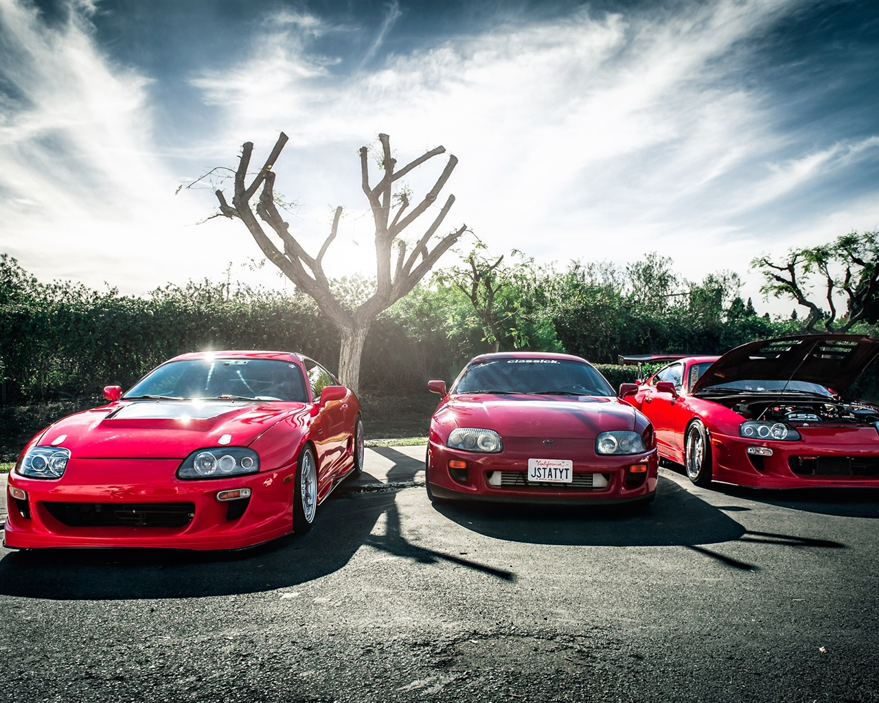 Toyota red supercar Wallpaper 1280x1024 resolution wallpaper 1280x1024