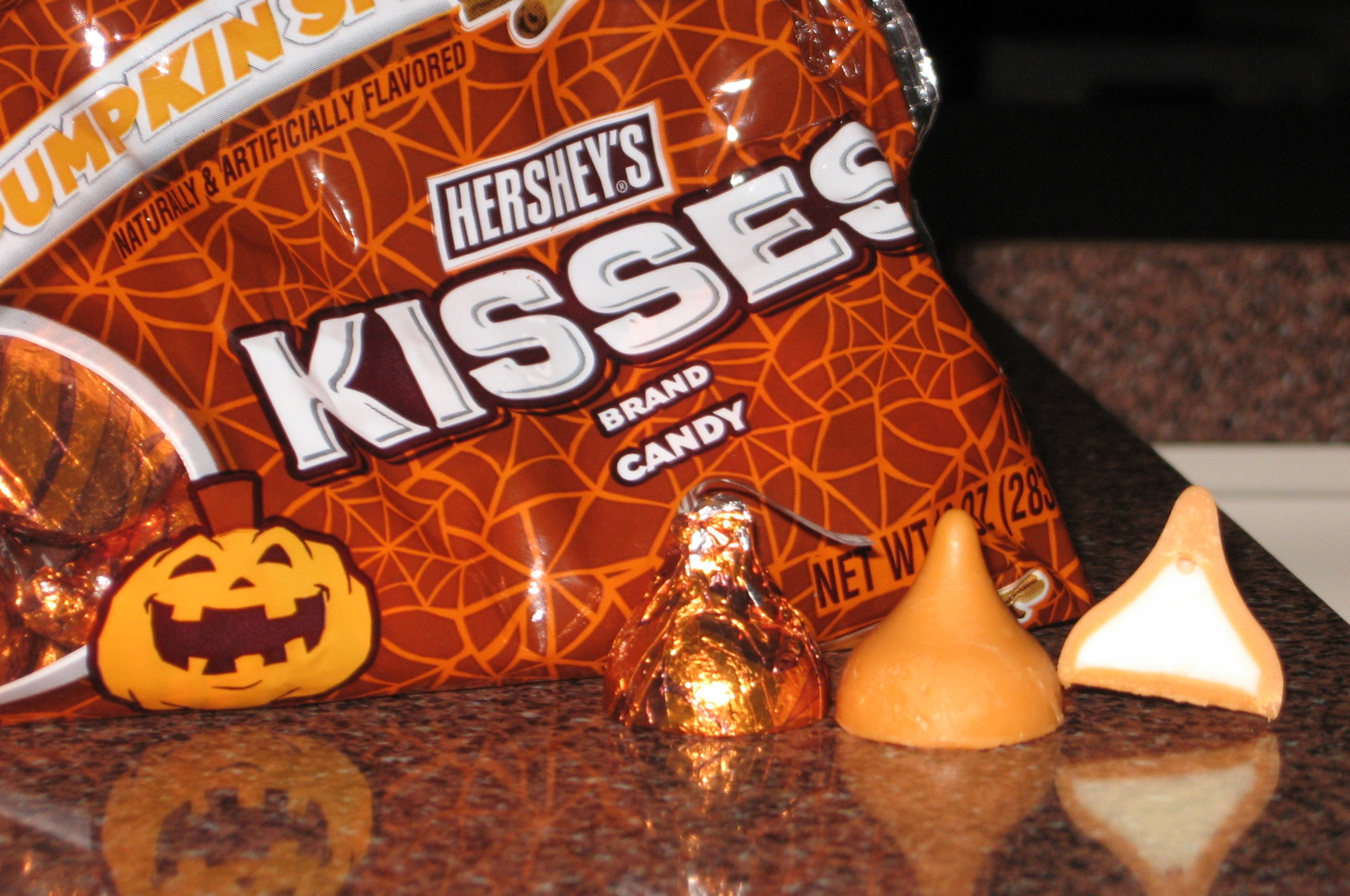 download Hershey Kisses Wallpaper Spice hershey kisses 2560x1700