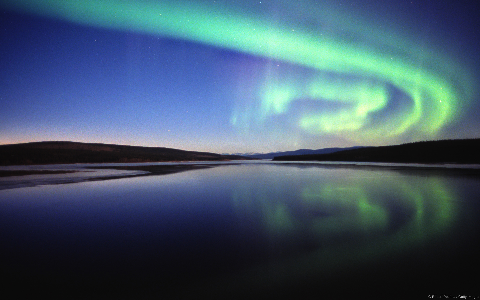 Download Aurora Borealis HD Wallpapers 5541 Full Size 1920x1200
