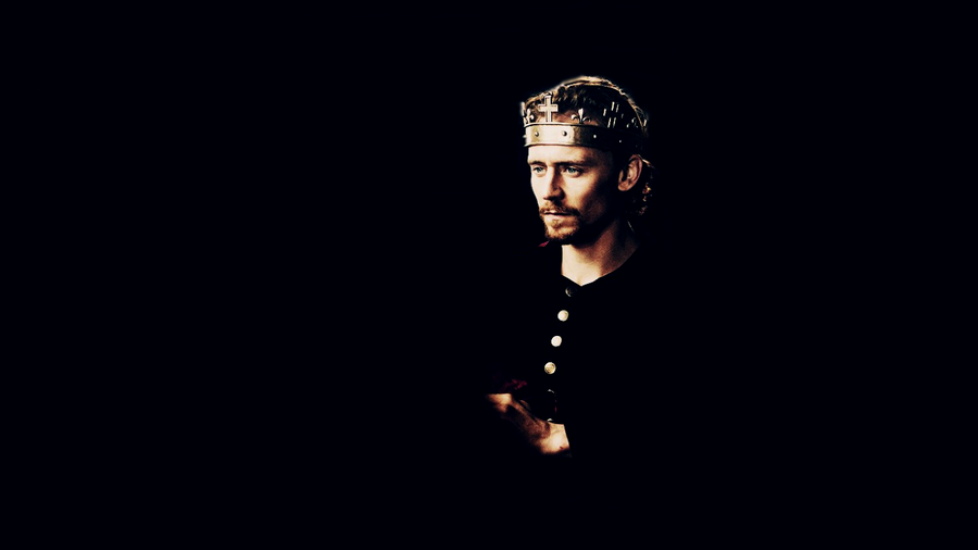 Tom Hiddleston as Henry V by moonspectrum 900x506