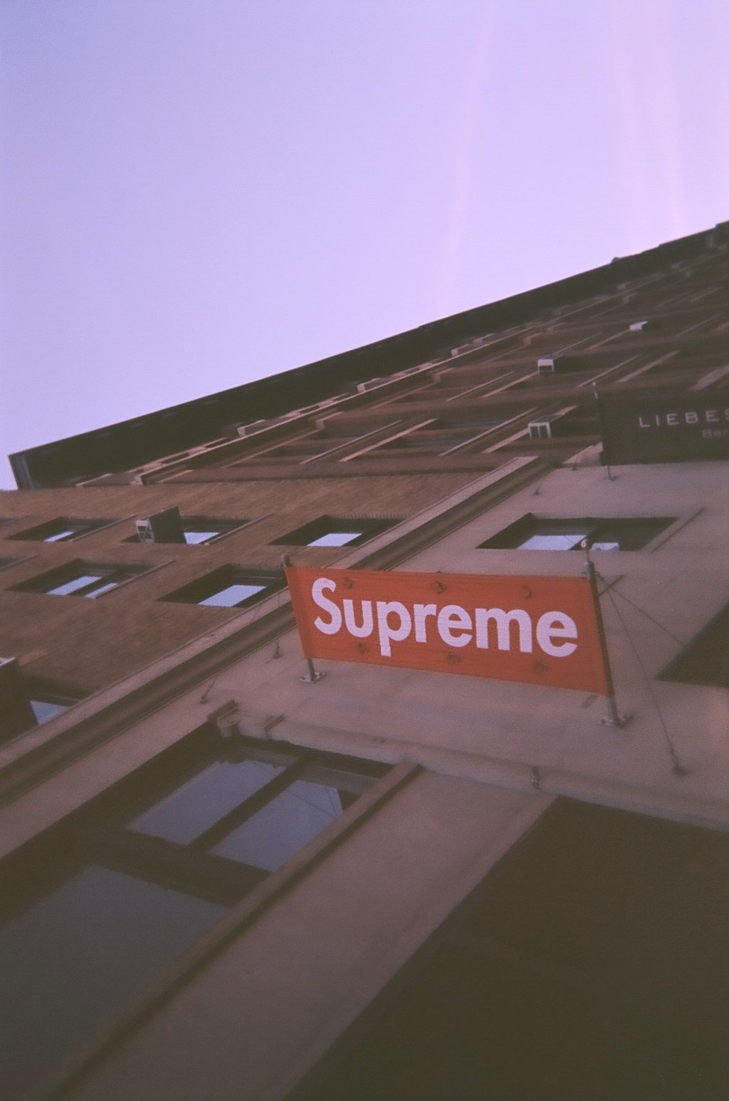 Supreme Wallpaper Iphone 5 To the supreme flagship on 1024x1545