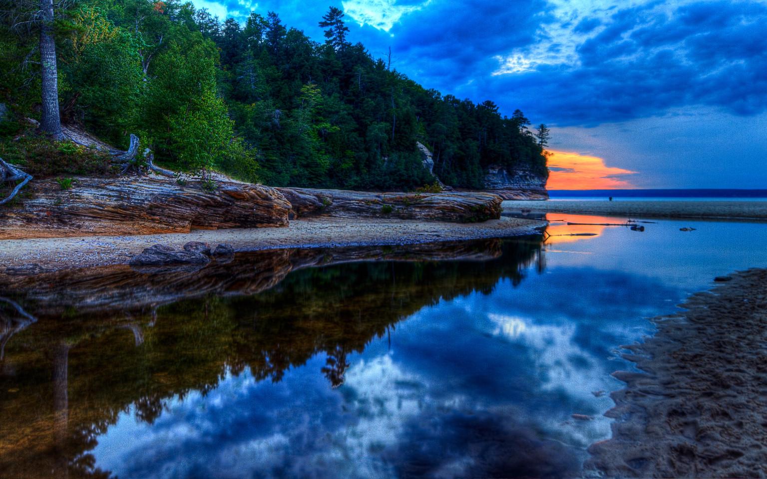 Clearest Water Lake Superior Wallpaper Wallpapersafari