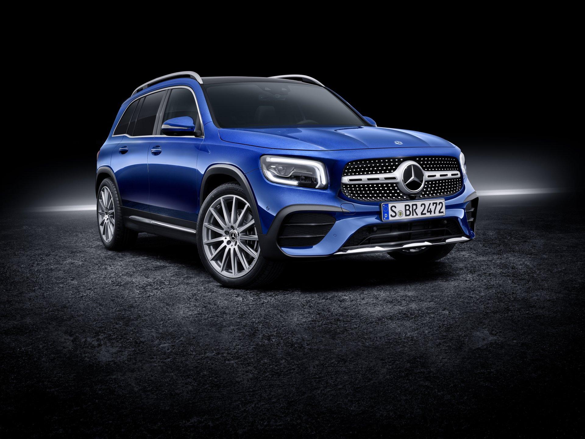 Mercedes Benz GLB Class 8k Ultra HD Wallpaper Background Image 1920x1440
