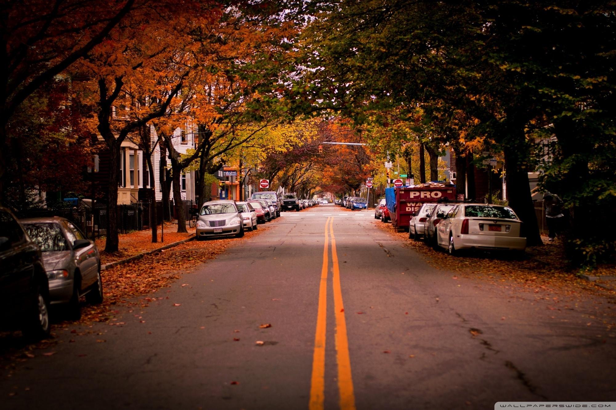 American Town Autumn 4K HD Desktop Wallpaper for 4K Ultra HD 2000x1333