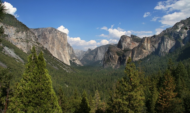 nature wallpapers yosemite national park wallpaper 32053   StyliPics 612x366
