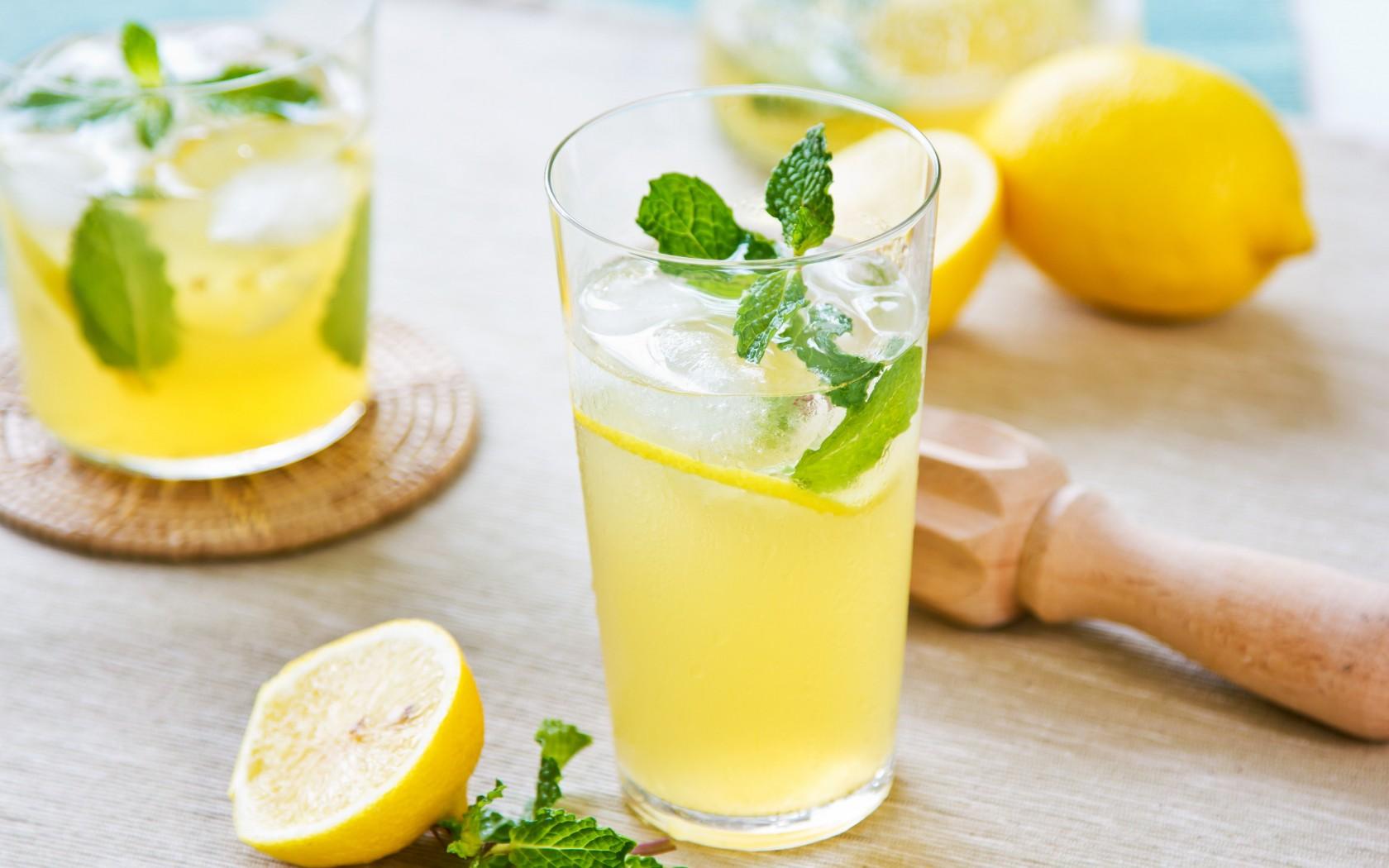8 Lovely HD Lemonade Drink Wallpapers 1680x1050