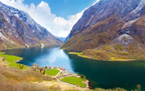 MURAL WM242   Naeroyfjord   Fjord Landscape PHOTO wallpaper mural 500x314