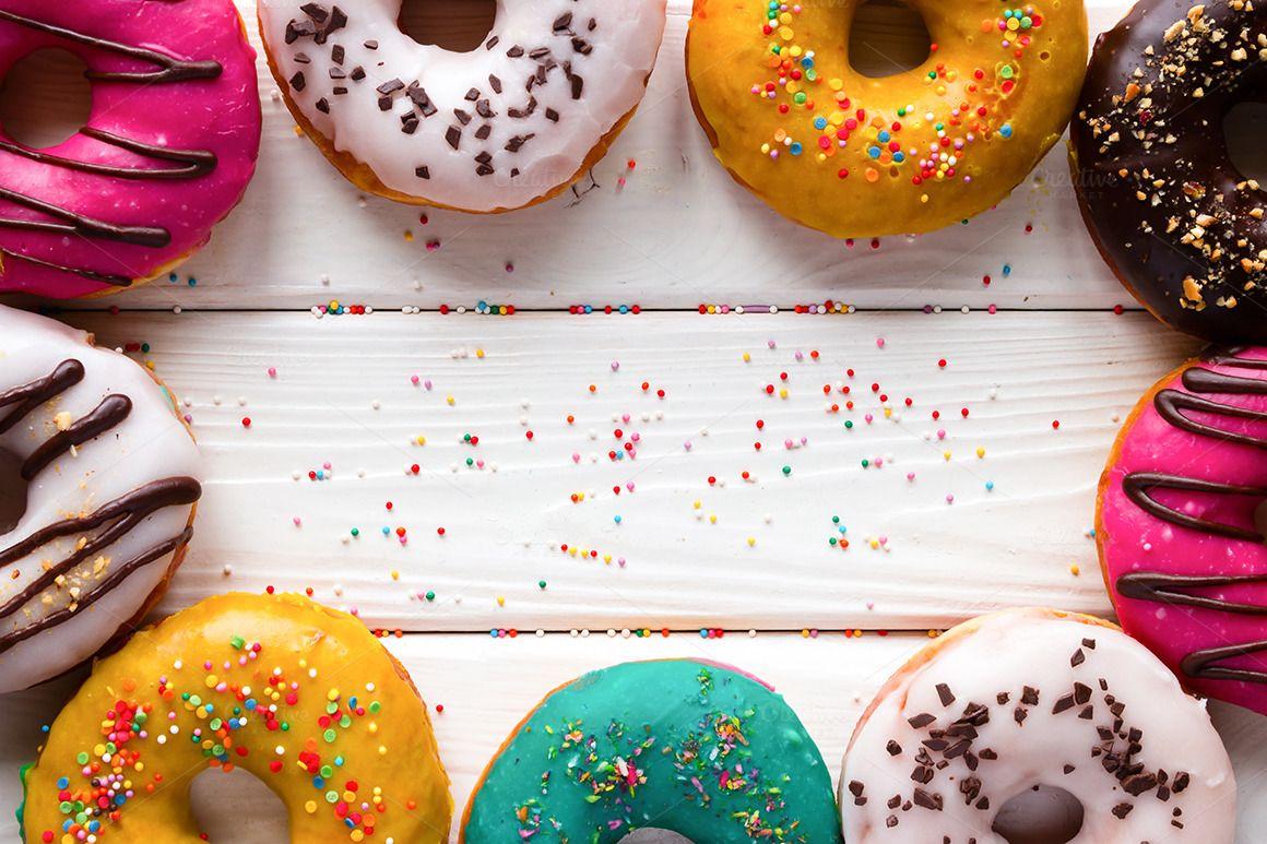 donuts mockup Makanan Wallpaper ponsel Desain 1160x773