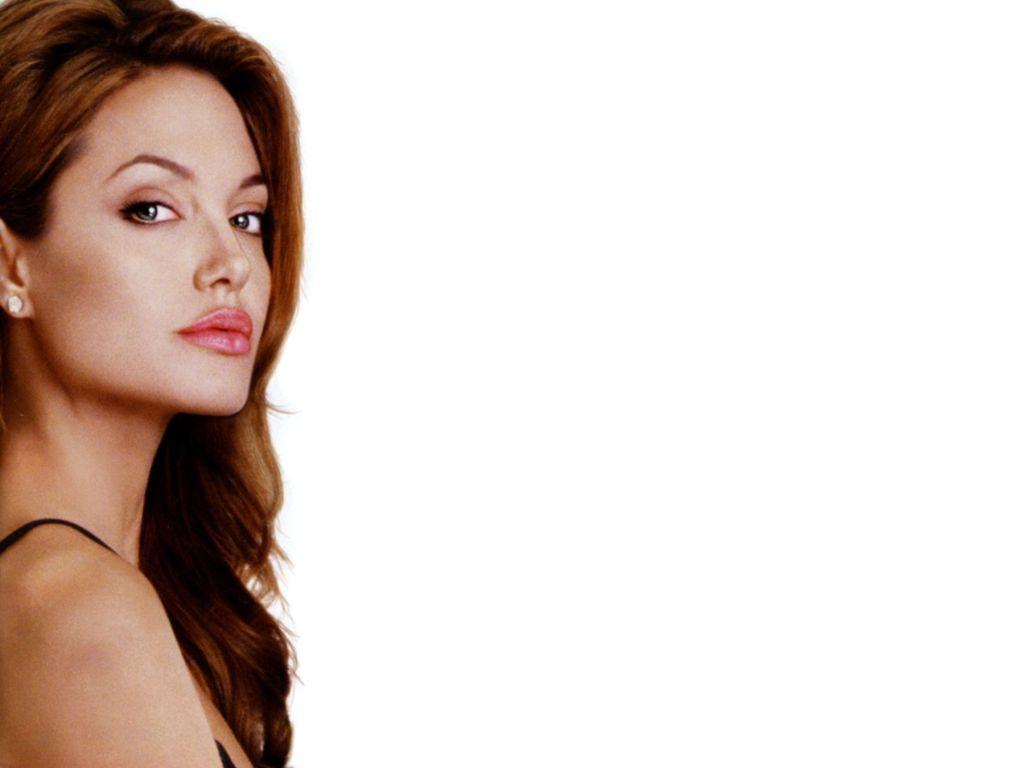 Angelina Jolie 3 1024x768