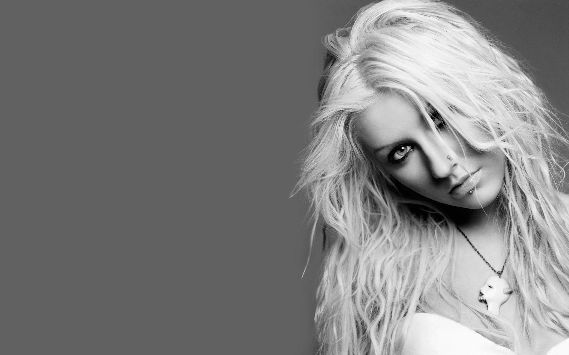 Download Christina Maria Aguilera Black And White HD Wallpaper Search 1920x1200