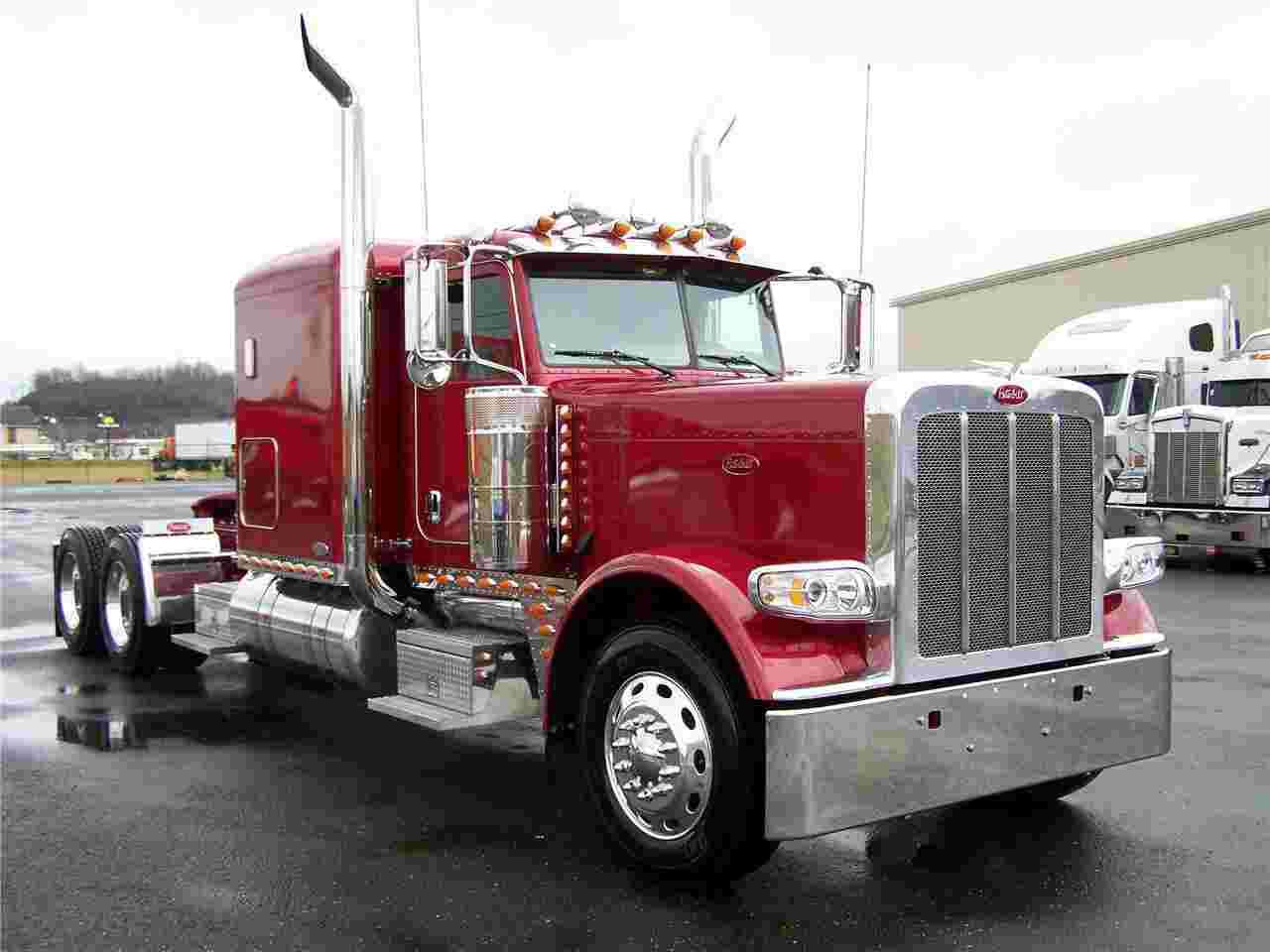 Peterbilt Trucks Wallpaper 1280x960