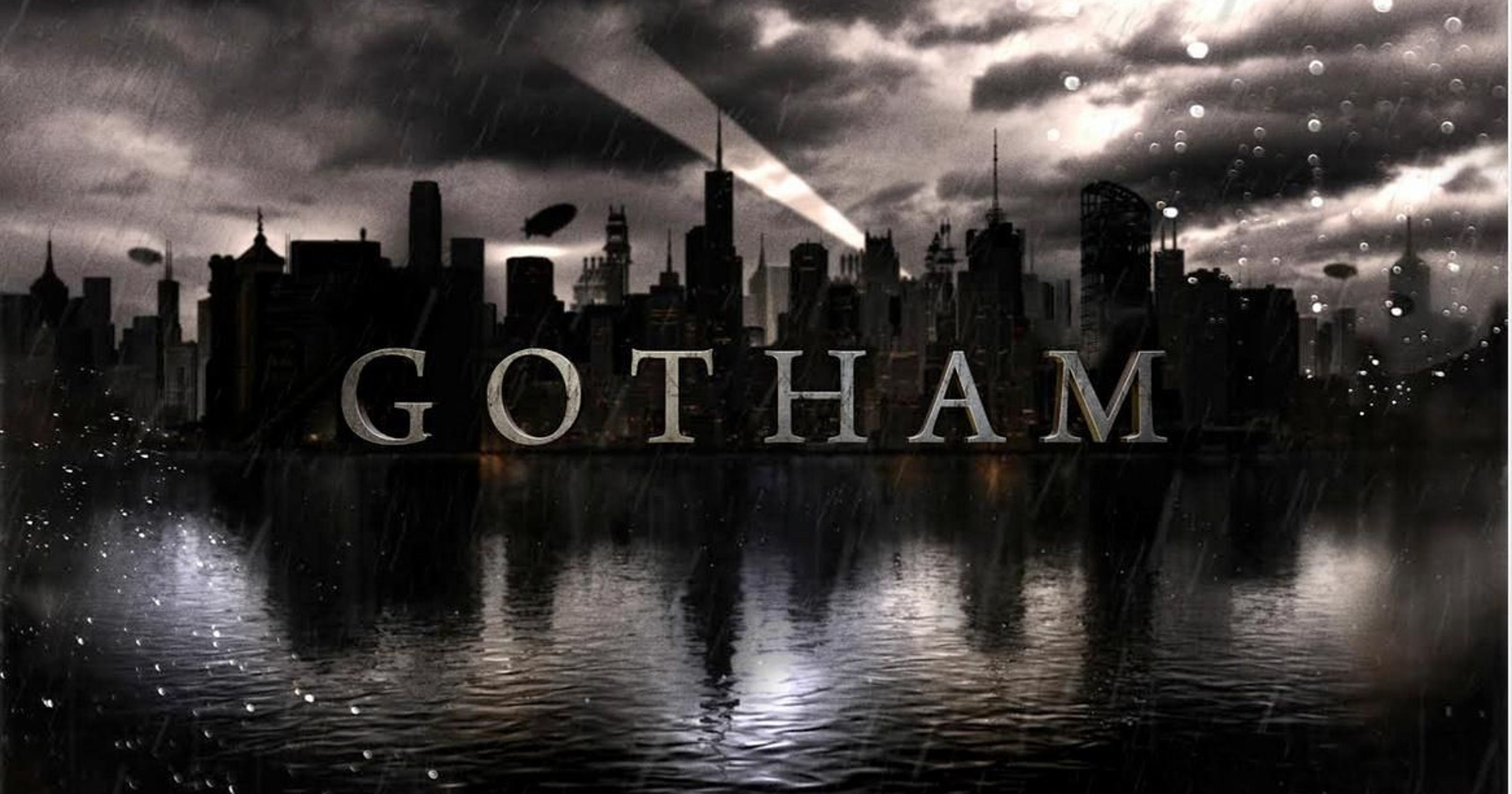 Gotham In the background of the Bat 3200x1680