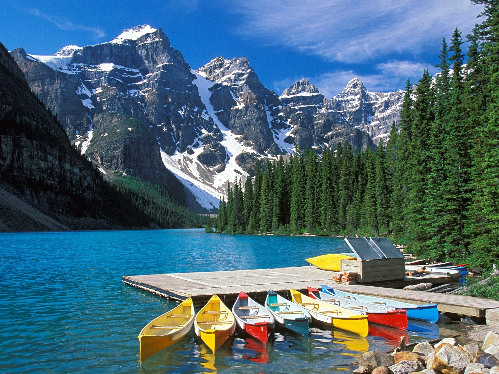 Moraine Lake Banff National Park Canada wallpaper Moraine Lake 1600x1200