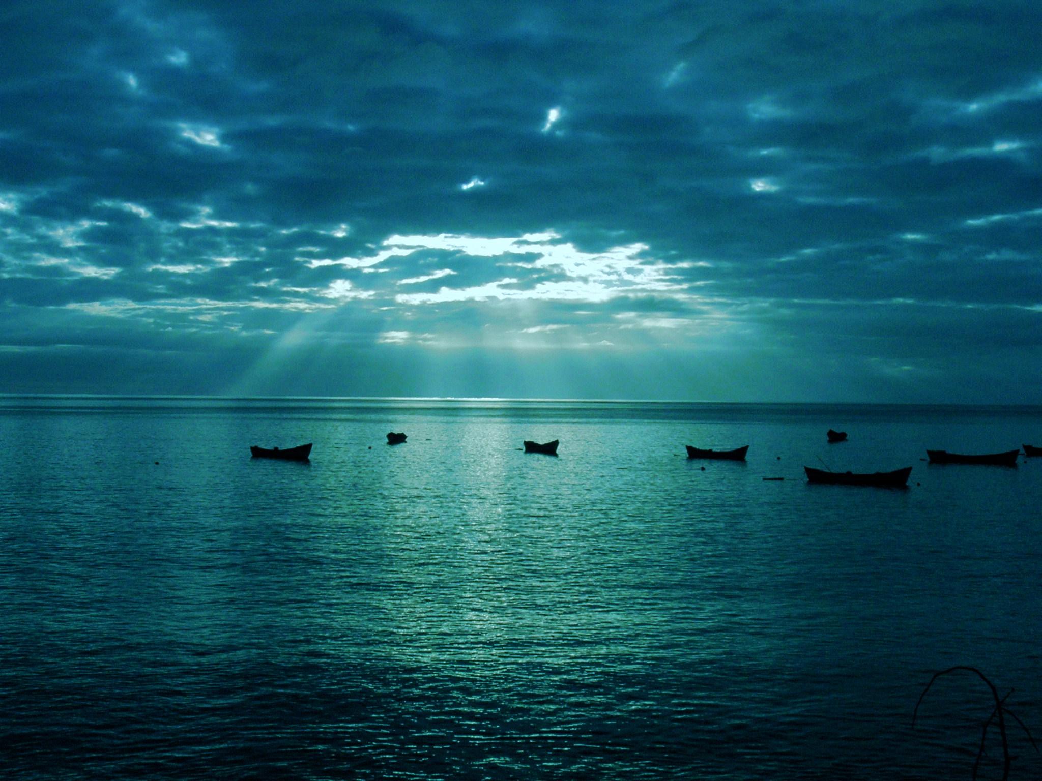 2048x1536 Blue Sea wallpaper 2048x1536