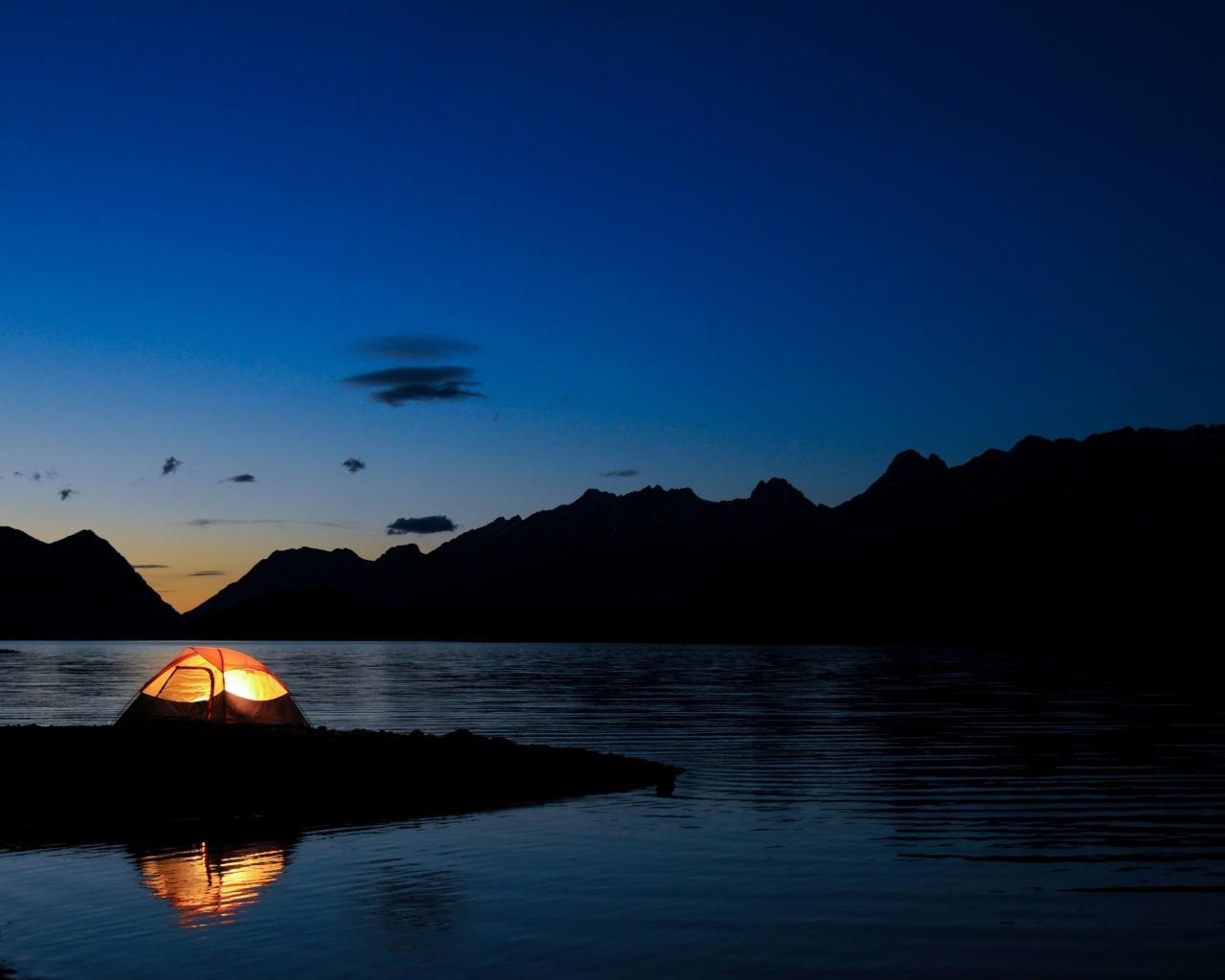 Camping wallpaper 1280x1024