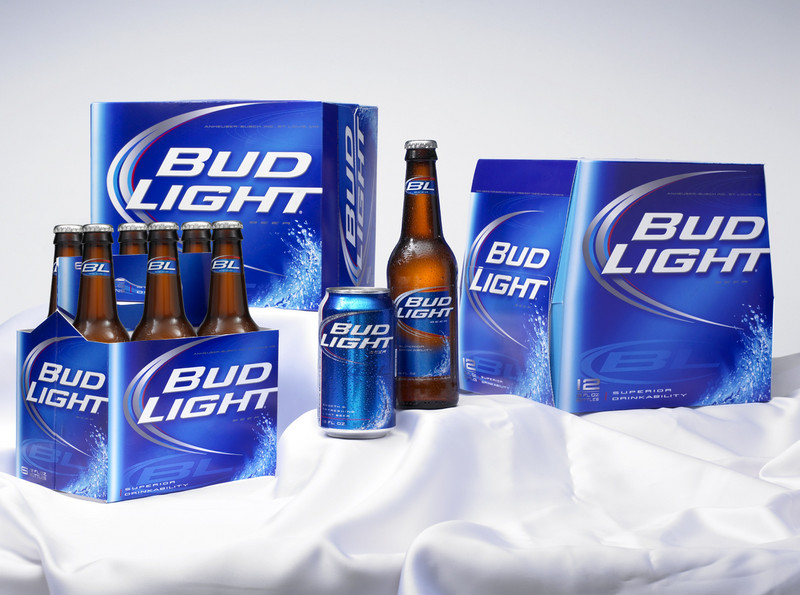 Bud Light Family4jpg phone wallpaper by martinjt 800x595