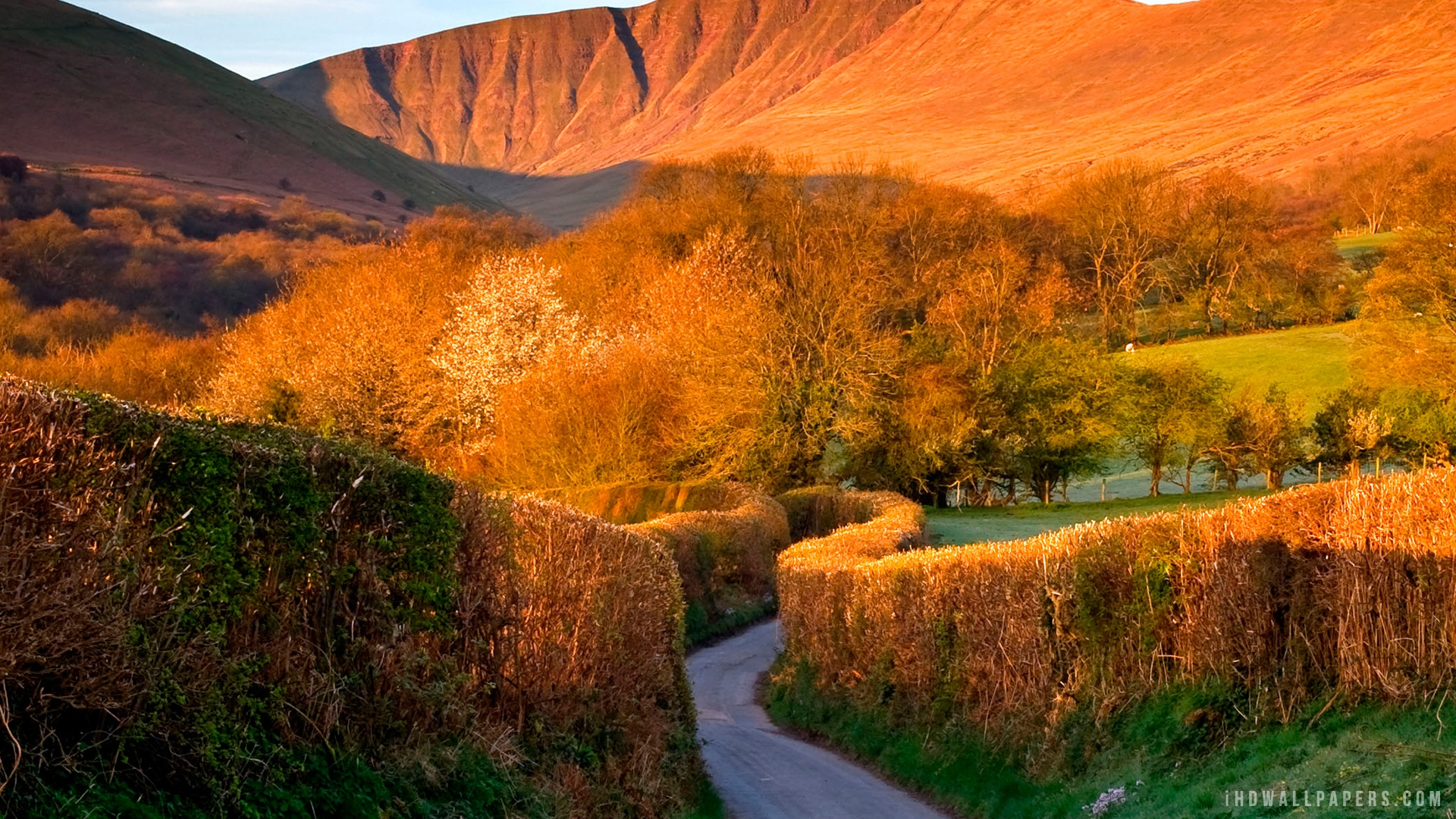 Brecon Beacons Wales UK HD Wallpaper   iHD Wallpapers 1920x1080