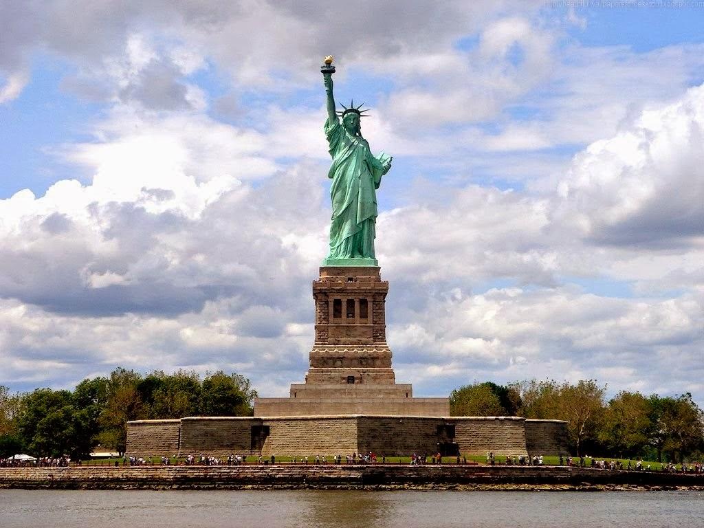 Statue Of Liberty Hd Wallpaper Wallpapersafari