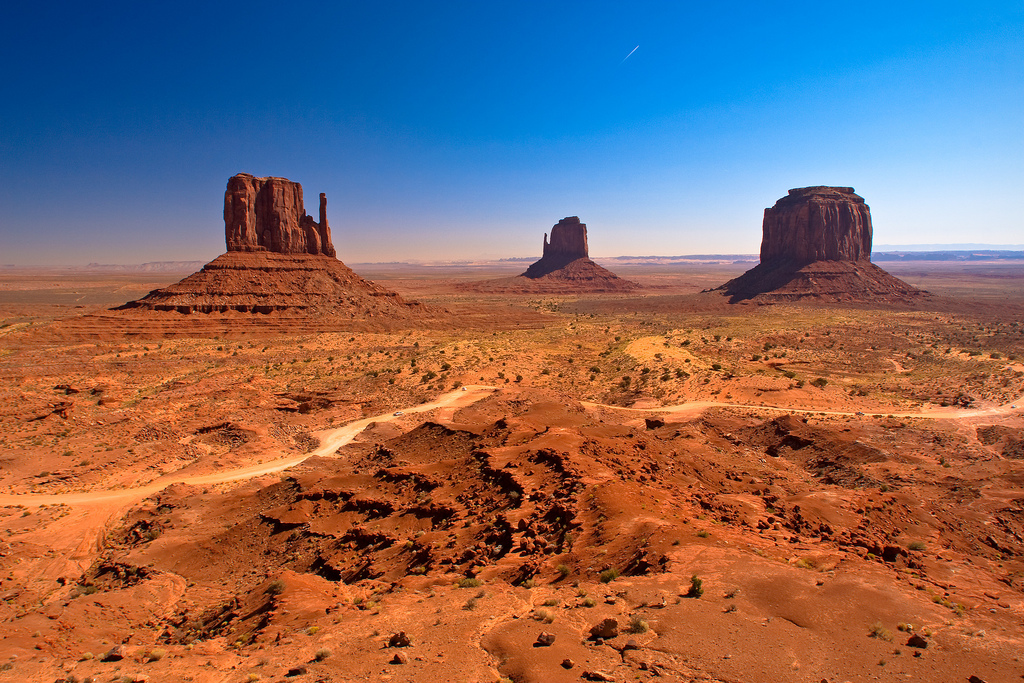 Monument Valley Road M HD Wallpaper Background Images 1024x683