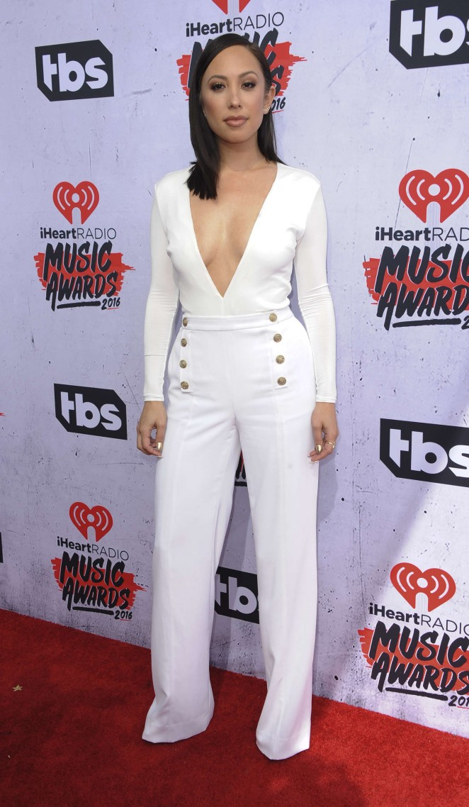 Cheryl Burke iHeartRadio Music Awards 2016  02   GotCeleb 662x1138