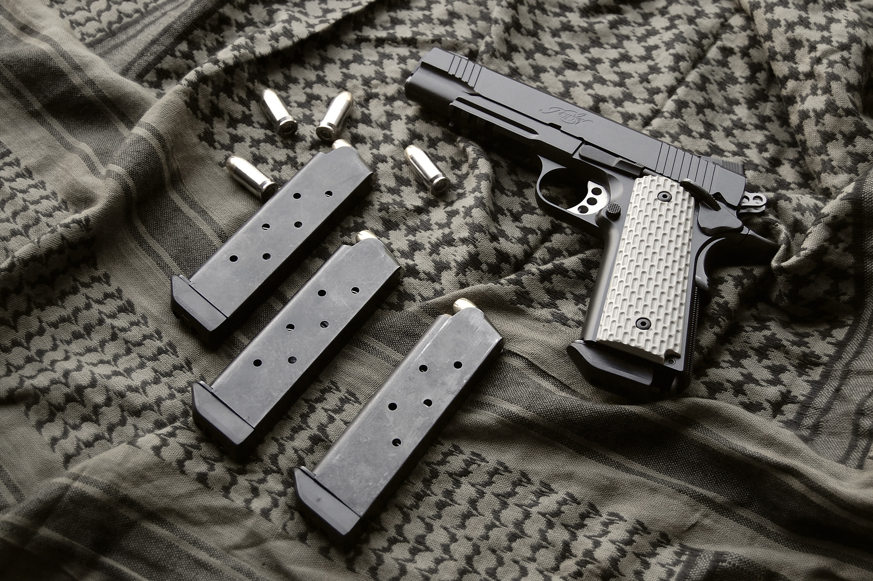 Kimber 1911 Pistol HD Wallpaper Background Image 3008x2000 3008x2000