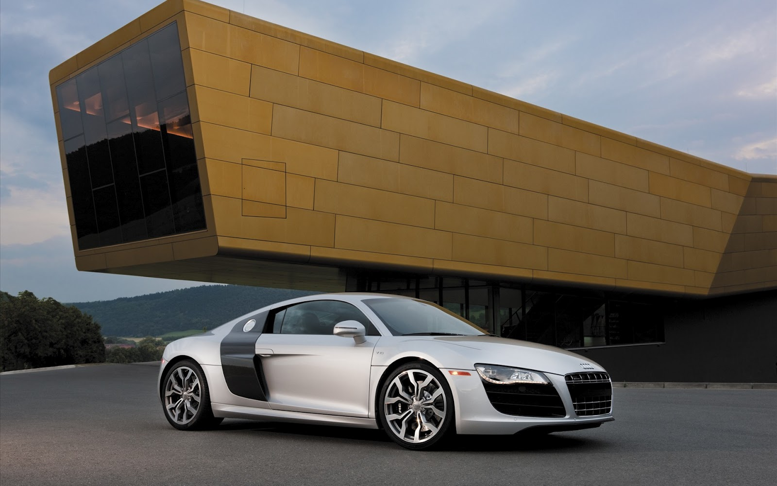 audi r8 v10 wallpaper Pictures Of Cars Hd 1600x1000
