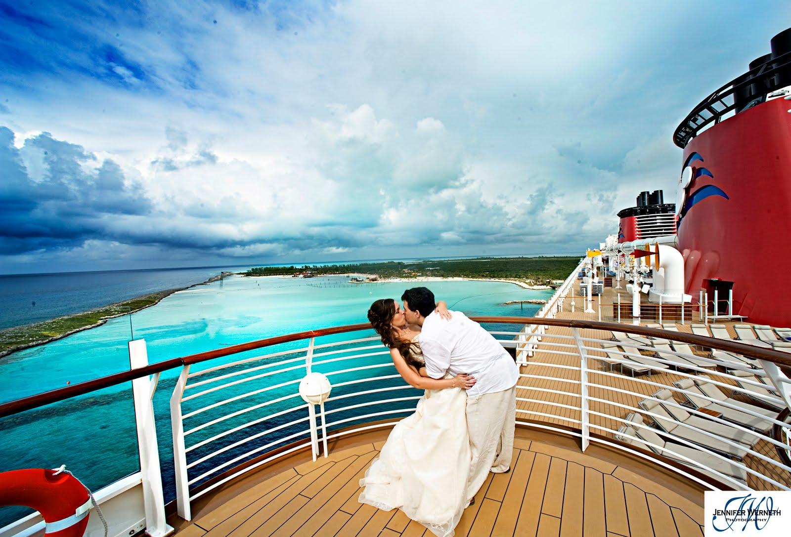 49 Disney Cruise Wallpapers On Wallpapersafari