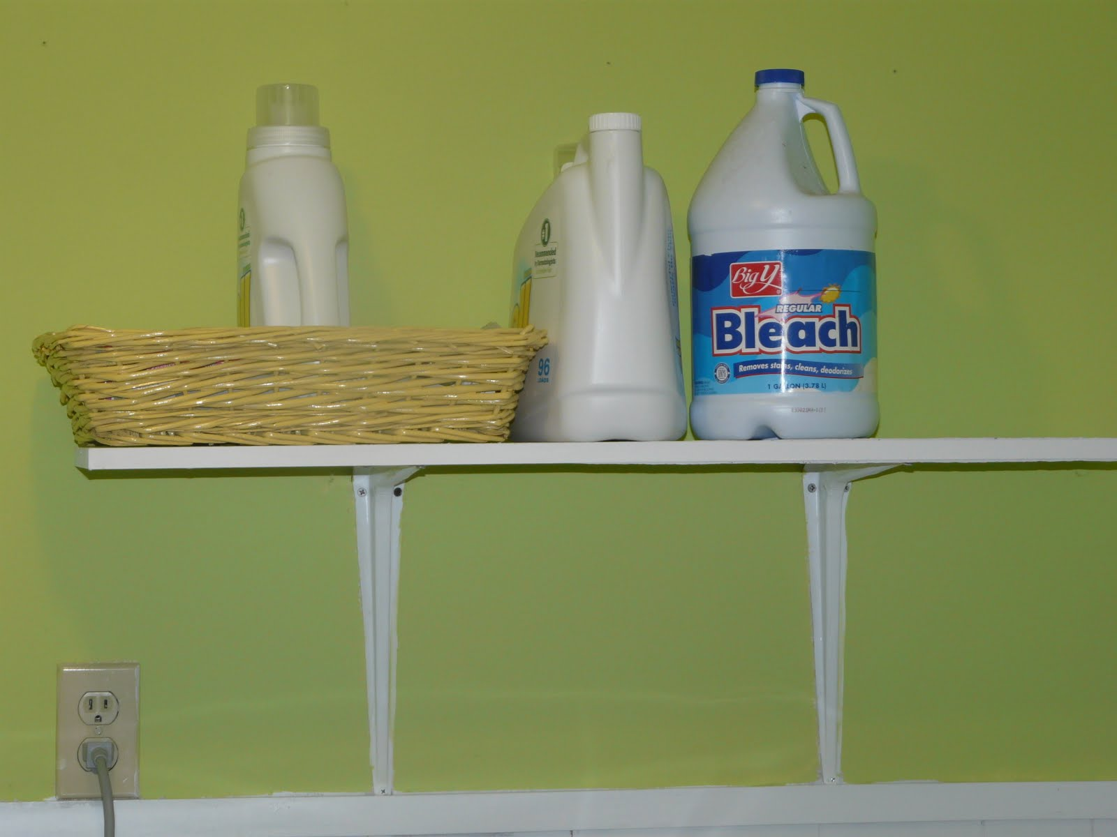 The Best Things in Life are Not Things Dresser Redo Laundry Room 1600x1200