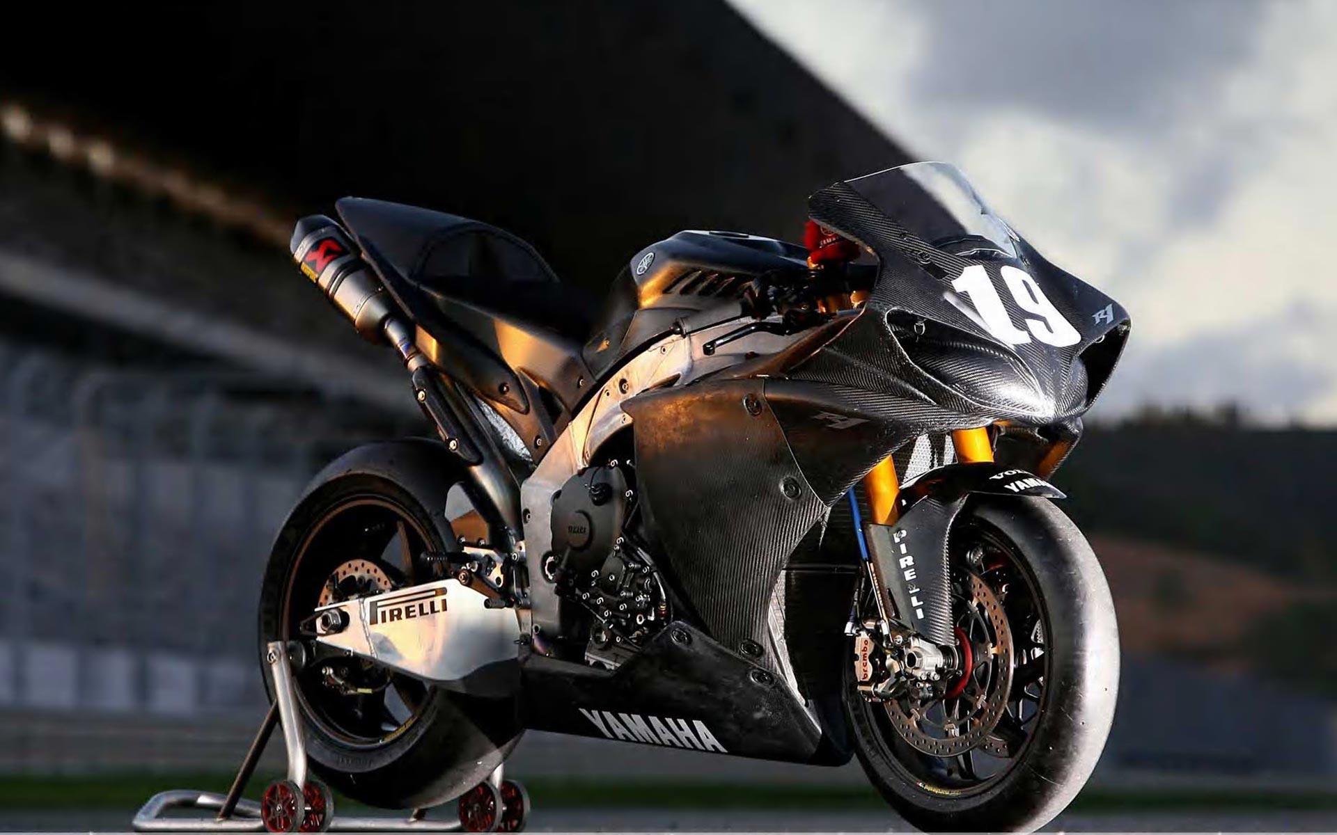 Yamaha YZF R1 Pirelli hd Wallpaper High Quality WallpapersWallpaper 1920x1200
