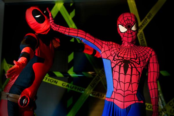 Spiderman and Deadpool Wallpaper - WallpaperSafari