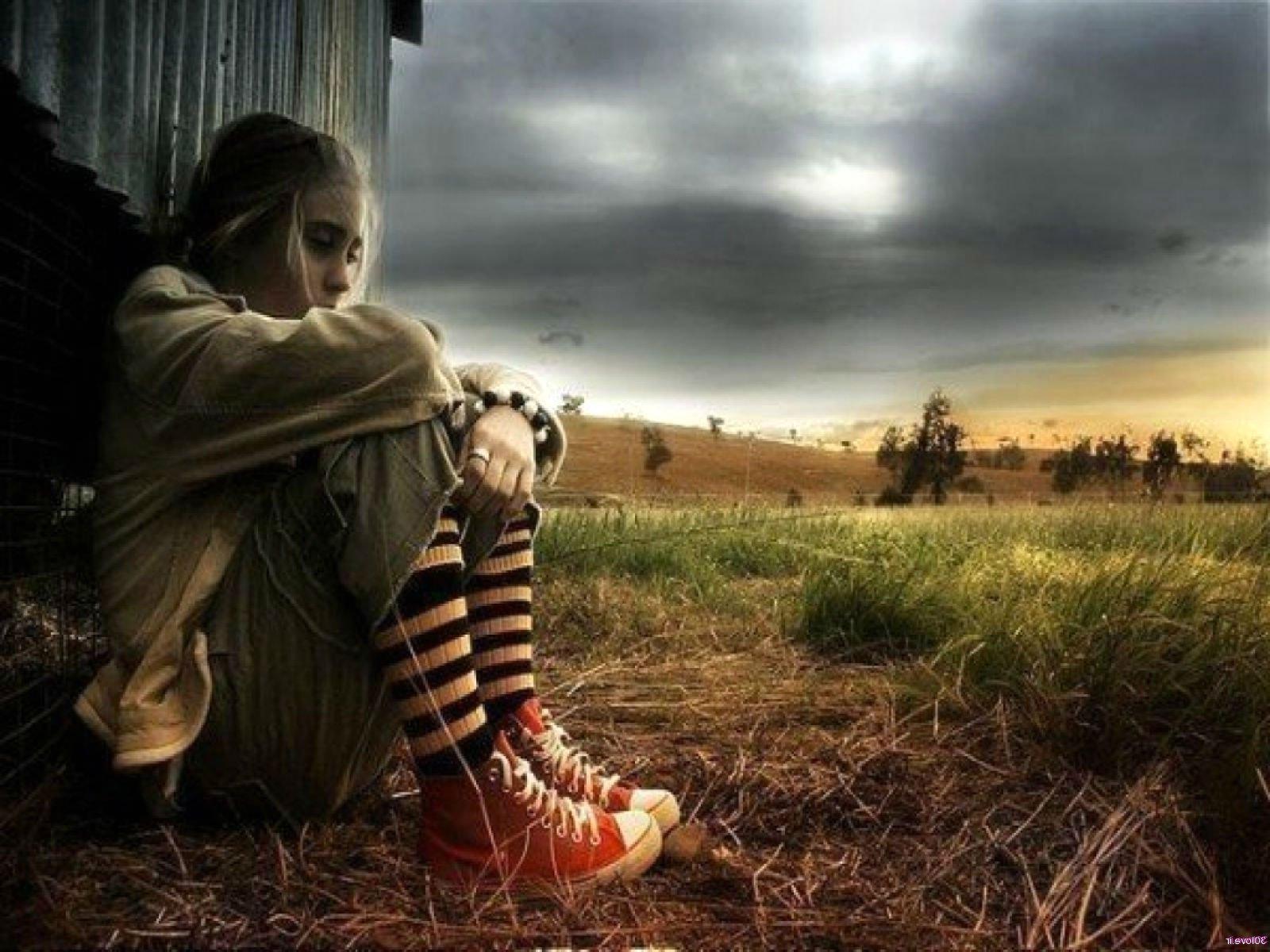 Depression sad mood sorrow dark people love wallpaper 1600x1200 1600x1200