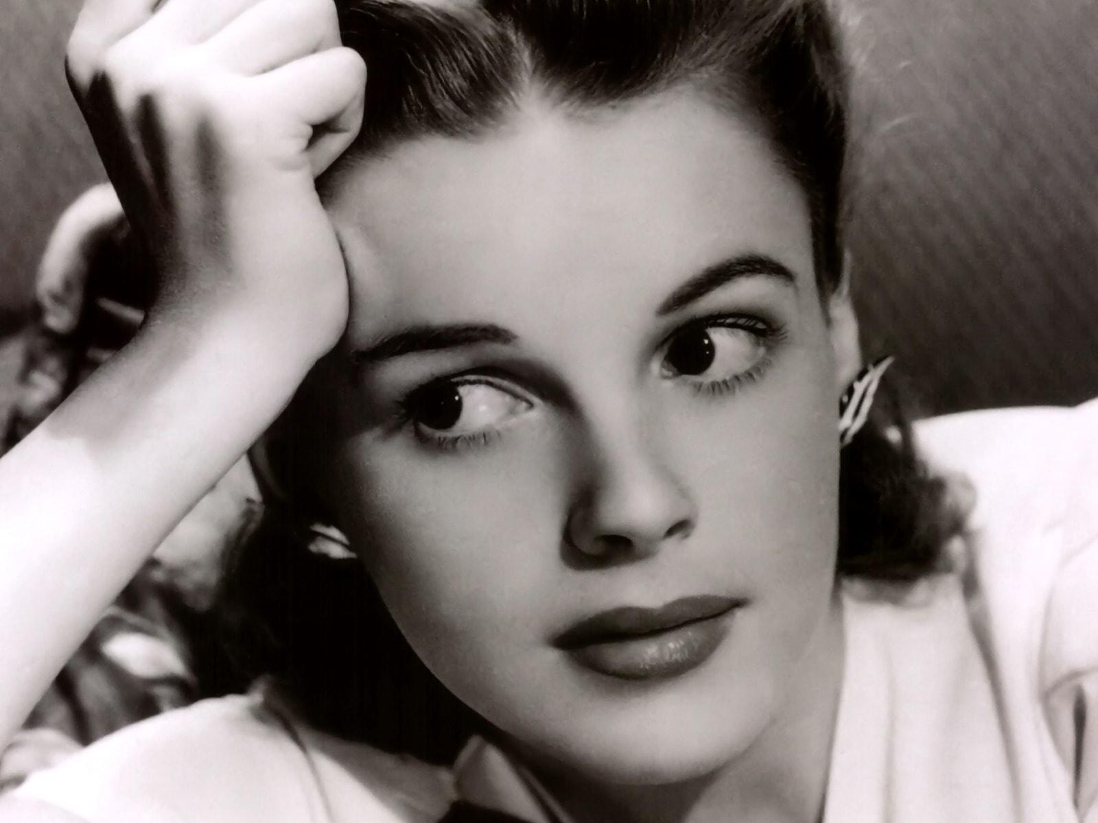 Judy Garland HD Wallpapers 7wallpapersnet 1600x1200