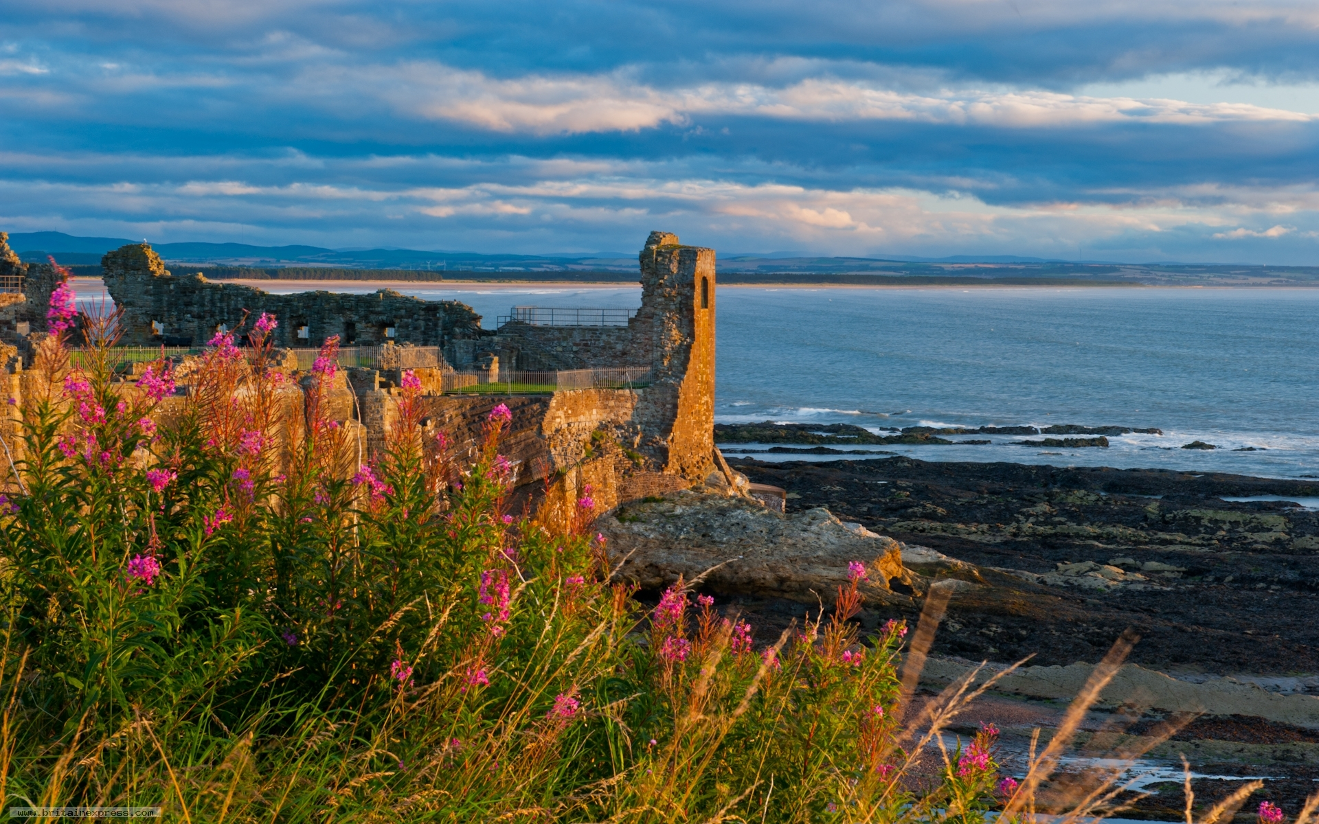 Photo of St Andrews Castle 1920x1200