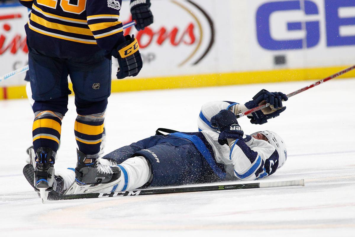 Patrik Laine suffers concussion as hit sparks line brawl between 1200x800
