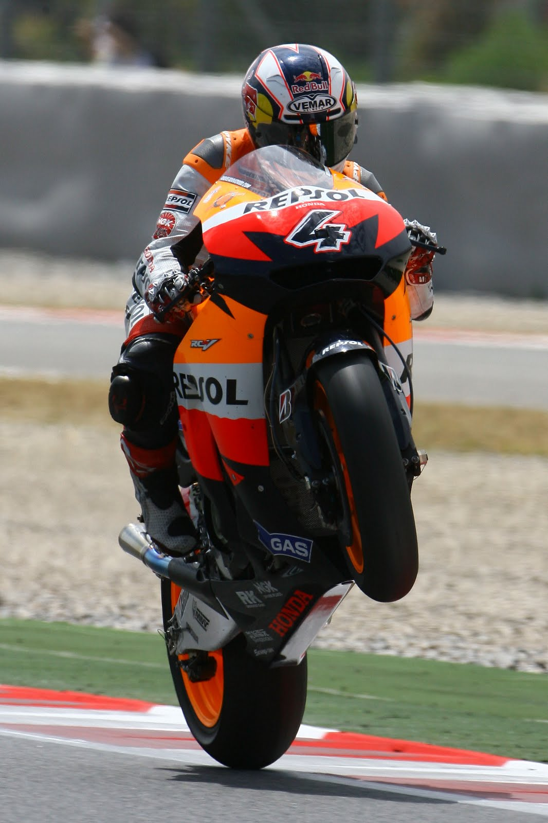 Cool Wallpapers Blog Andrea Dovizioso Wallpapers 1066x1600